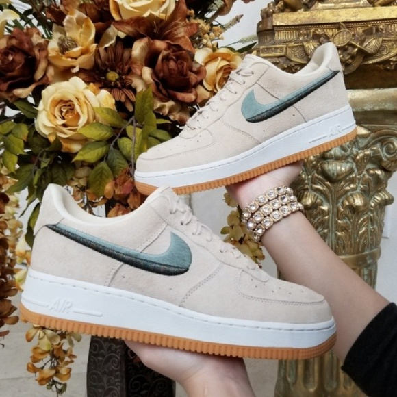 promo code 3162d 97816 Women s Nike Air Force 1 07 LX Guava Ice
